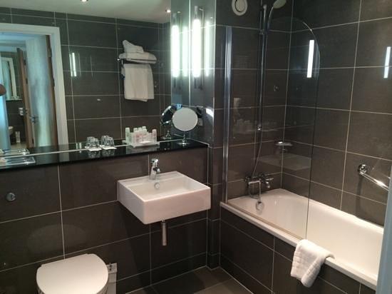 Radisson Blu Hotel, Cardiff: Ванная