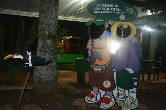 "Hostel Paudimar Campestre: Painel ao estilo ""Estive Aqui!"