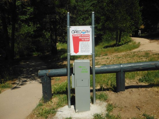 Lake Gregory Regional Park: Pay here