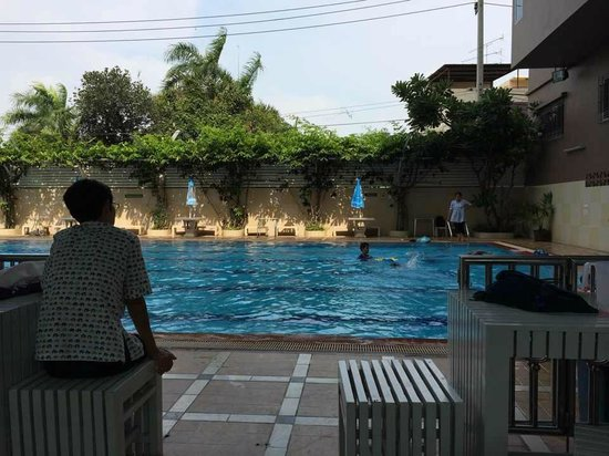 Sivalai Place: Swimming pool area