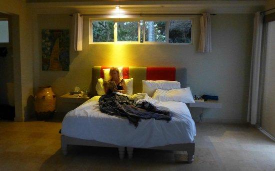 Hacienda de la Costa: Large, comfortable room