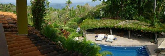 Hacienda de la Costa: View toward the beach