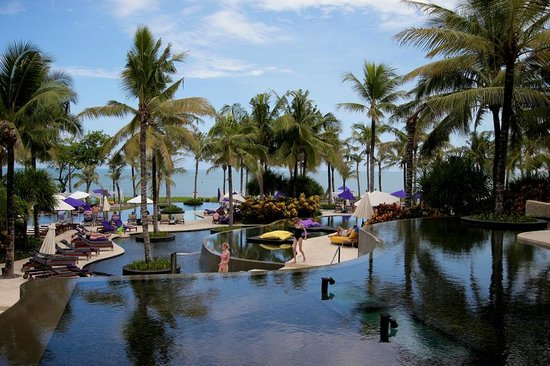 W Retreat & Spa Bali - Seminyak: The pools and surrounds