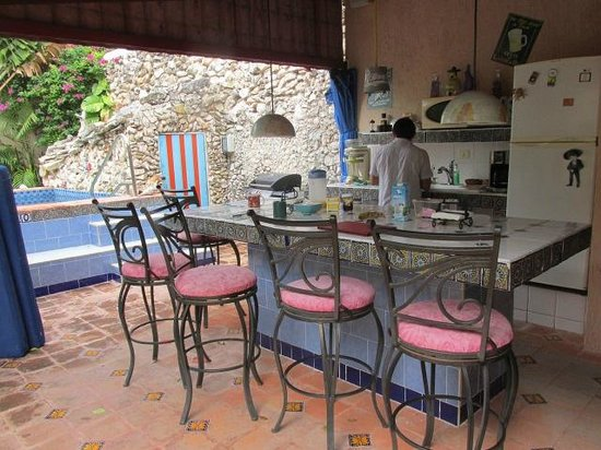 La Casa Lorenzo: Breakfast and entertainment area