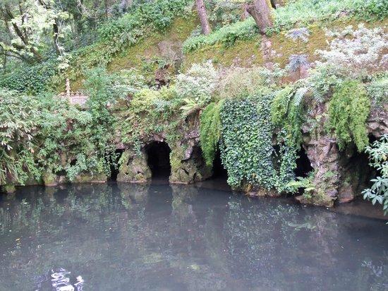 Quinta da Regaleira: Grutas