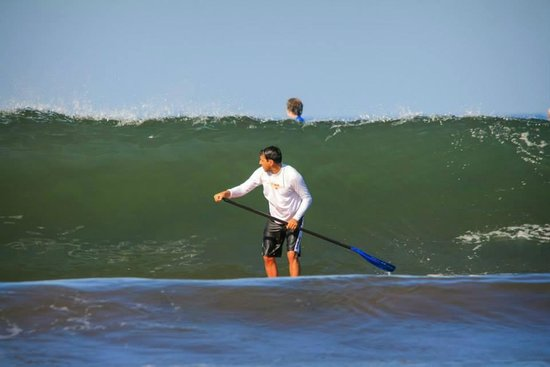 Nosara Paddlesurf : Even a wall of pain looks beautiful in Nosara