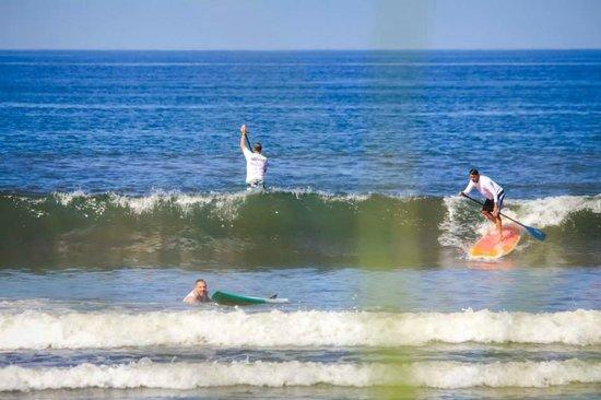 Nosara Paddlesurf: Catching Waves!