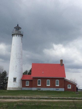 Tawas Point Lighthouse: Cloudy day!