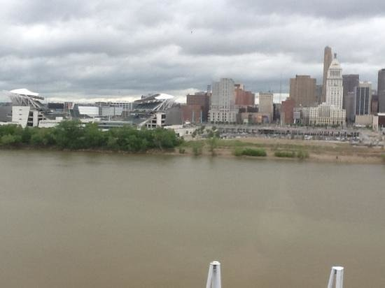 Embassy Suites by Hilton Cincinnati - RiverCenter (Covington, KY): view from room 722