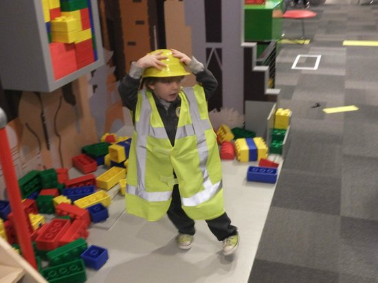 VilVite Bergen Science Center : My toddler playing in the giant lego/construction site.