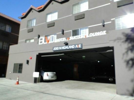 BLVD Hotel & Suites: Fachada do Hotel
