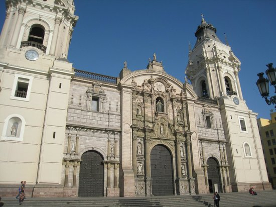 Lima Mentor: Lima's Cathedral