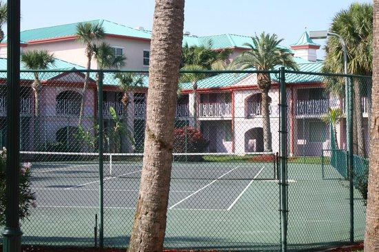 Radisson Resort at the Port: Tennis Court