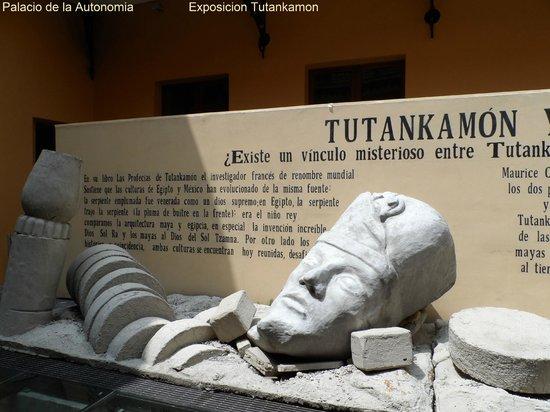 Palacio de la Autonomia  -  Exposicion Tutankamon