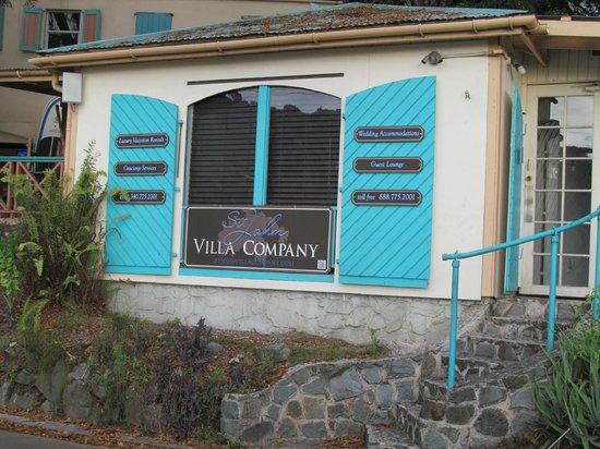 Grande Bay Resort: St. John Villa Compnay