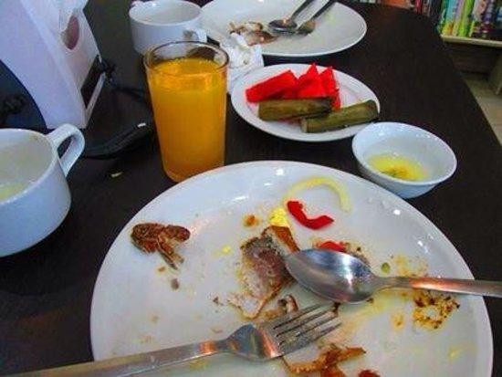 Hotel Pier Cuatro: happy tummy