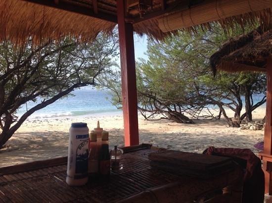 breakfast on the beach picture of mallias bungalows gili meno rh tripadvisor com