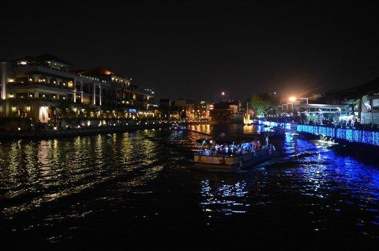 @ Lao San Cafe by Melaka river
