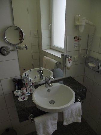 CityClass Hotel Europa am Dom: Banheiro