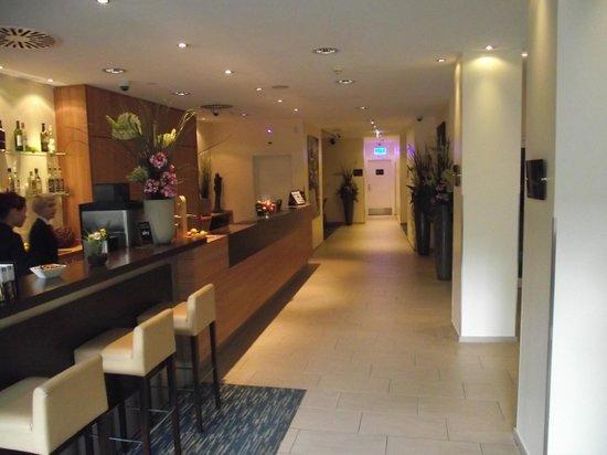 CityClass Hotel Europa am Dom: Recepção