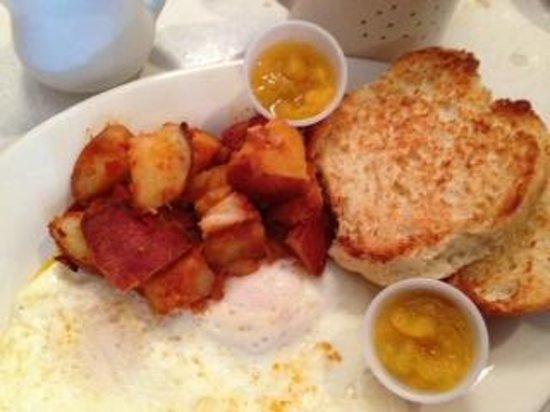Kitchenette: $10 Farmhouse breakfast