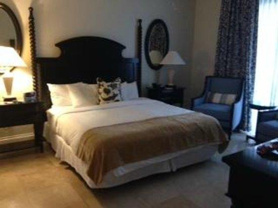Key West Marriott Beachside Hotel: Bedroom