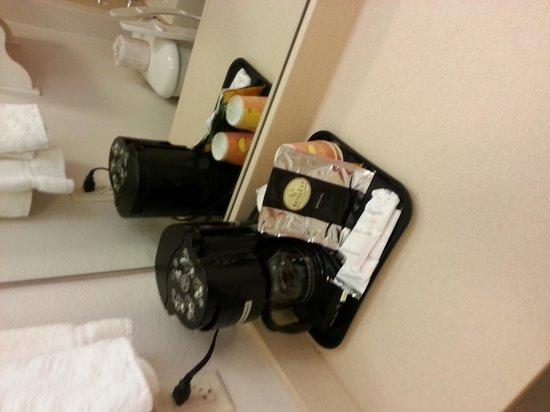 La Quinta Inn & Suites Lubbock North: I love their coffee
