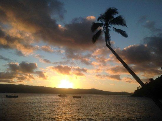 Qamea Resort And Spa Fiji : sunset & trade winds