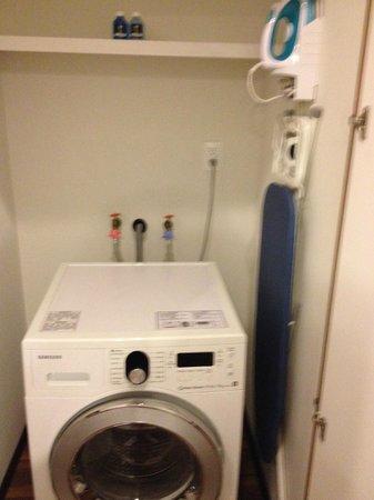 Plaza Suites Mexico City: maquina de lavar e secar