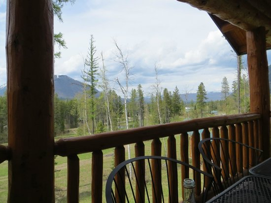 Glacier Outdoor Center: Amazing view from upstairs deck