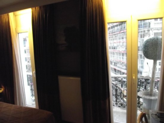 Hotel Orts: Vista interna dos 2 balcões