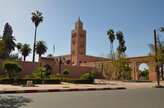 Mosquée et minaret de Koutoubia : Vista geral da Mesquita de Koutoubia