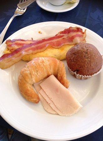 VIK Hotel Arena Blanca : Variedade no café da manhã no El Mirador
