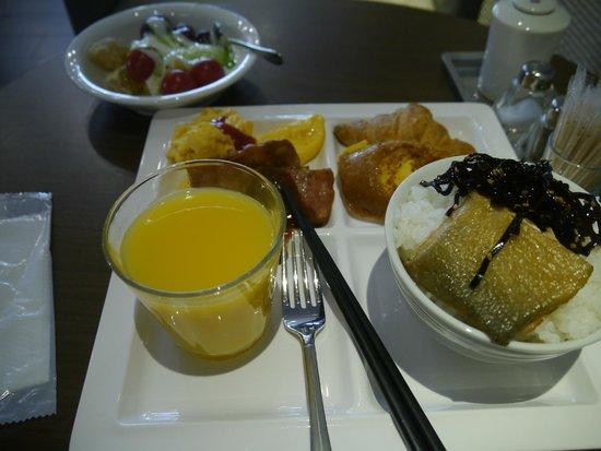 Dormy inn Premium Shibuya Jingumae: breakfast