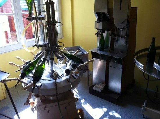 Champagne Nicolo & Paradis : The old champagne production tools