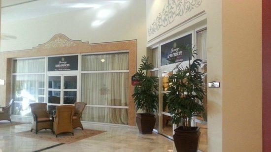 Luxury Bahia Principe Runaway Bay : Luxury Don Pablo private lounge