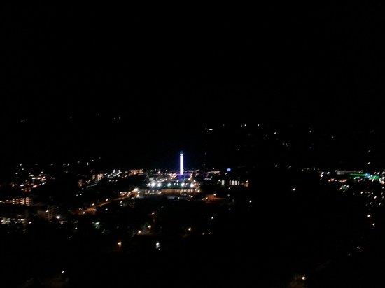 Park Vista - DoubleTree by Hilton Hotel - Gatlinburg: Night view from room 1505