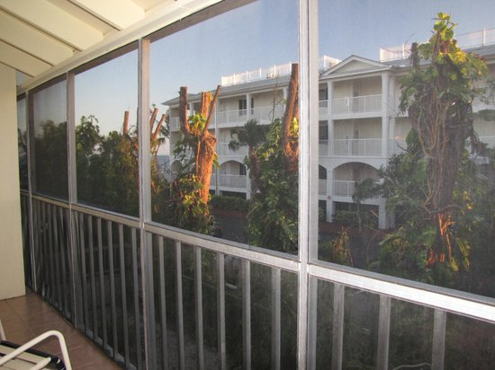BEST WESTERN Key Ambassador Resort Inn: enclosed balcony