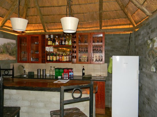 Africa on Foot Camp : a mini bar?