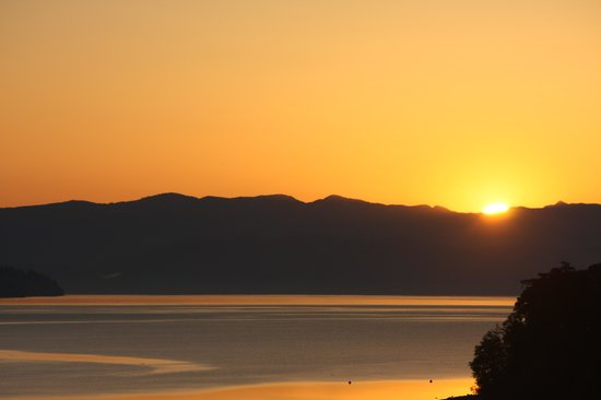 Anchorage Inn Bed and Breakfast : a glorious sunrise