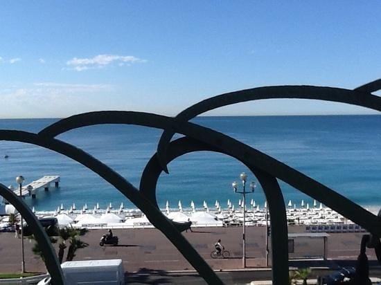 Hyatt Regency Nice Palais de la Mediterranee: terrasse petit dejeuner