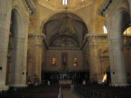 Havana Cathedral: Interior de la catedral