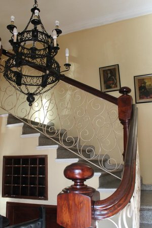 Boutique Hotel Palacio: front stairs