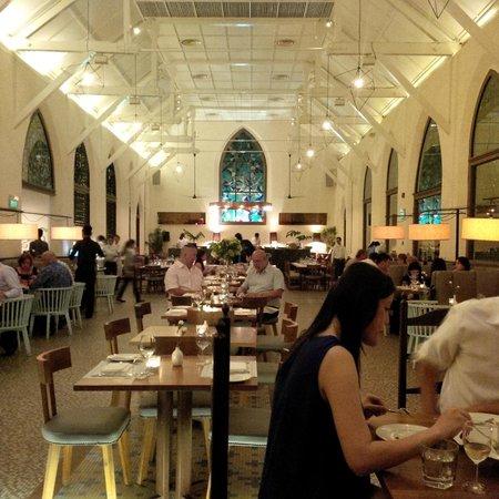 The White Rabbit : chapel as a restaurant