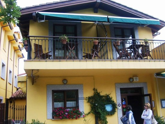 Cabo Vidio: fachada del restaurante