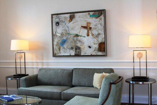 Belmond Copacabana Palace: Sala de estar dentro do quarto