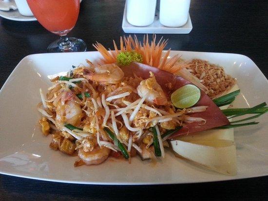 Joe Louis Thai Restaurant: Padthai