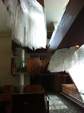 Sparkling Hill Resort: More crystal chandeliers'