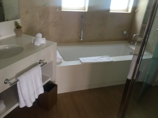 Hotel Paracas, A Luxury Collection Resort, Paracas: Bathroom
