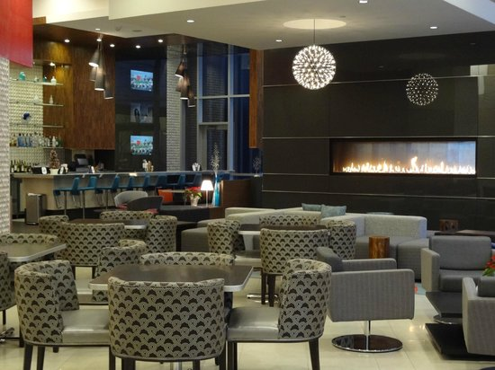 Homewood Suites by Hilton Denver Downtown-Convention Center: Hotel Lobby